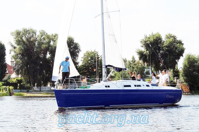 "Яхта ""Орияна 33"""