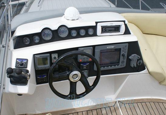 """Яхта """"Galeon 390 Fly"""""""