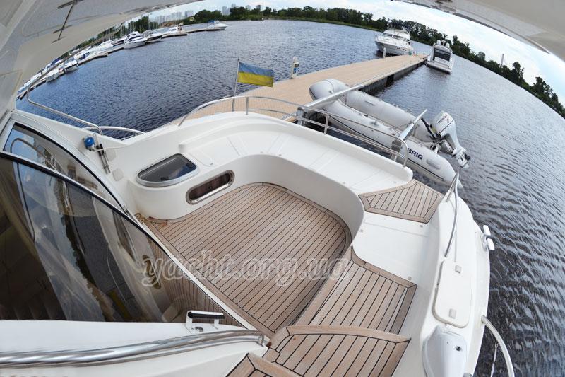 """Яхта """"Sealine F43"""""""