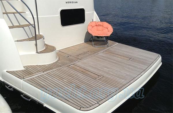 """Яхта """"Меридиан 368"""""""