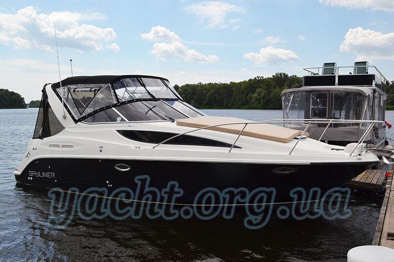"""Яхта """"Бейлайнер 285"""""""