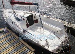 """Яхта """"Твистер 800"""""""